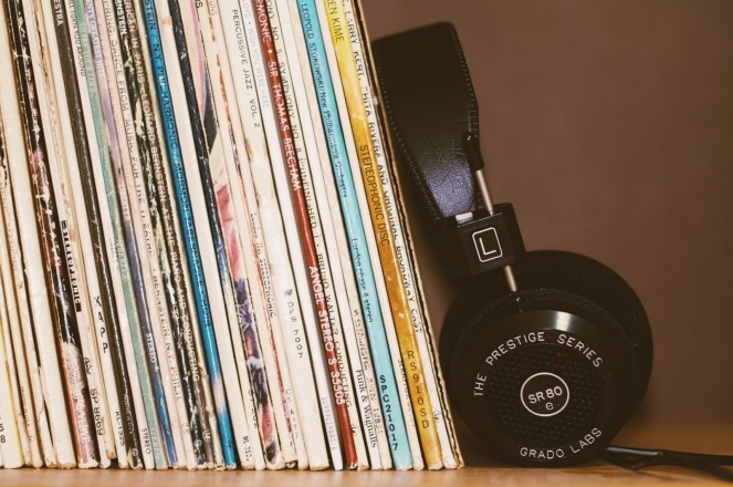 music-headphone-lp